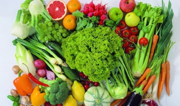 Rau củ quả tươi vừa giúp bổ sung dưỡng chất cần thiết cho cơ thể lại đẩy lùi được bệnh tật
