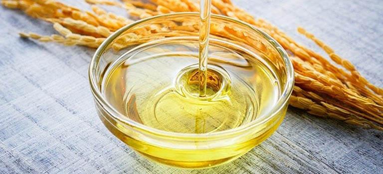 Tinh dầu cám gạo chữa nhiều dưỡng chất cần thiết đối với làn da