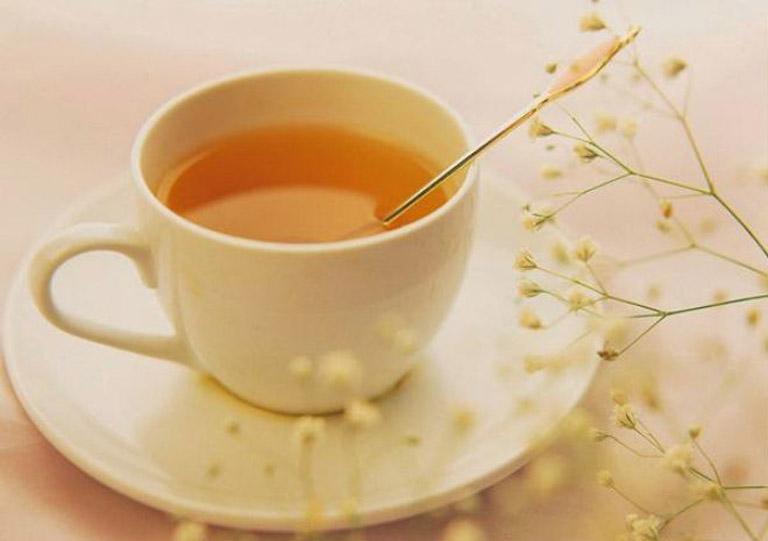 Uống nước sắc lá hẹ giúp cải thiện tình trạng bệnh từ bên trong