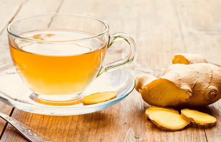 trà gừng chữa dị ứng thời tiết tại nhà