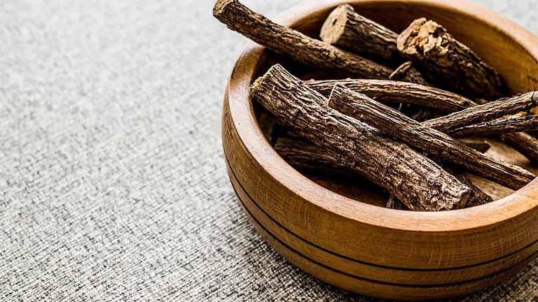 Cam thảo dùng nhiều trong bài thuốc chữa dị ứng