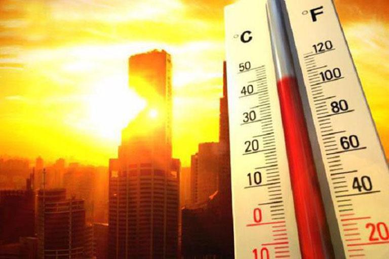 nguyên nhân gây dị ứng thời tiết nóng