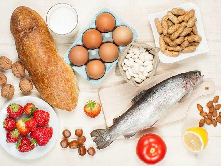 Nhóm thực phẩm dễ gây dị ứng cần hạn chế sử dụng khi bị bệnh