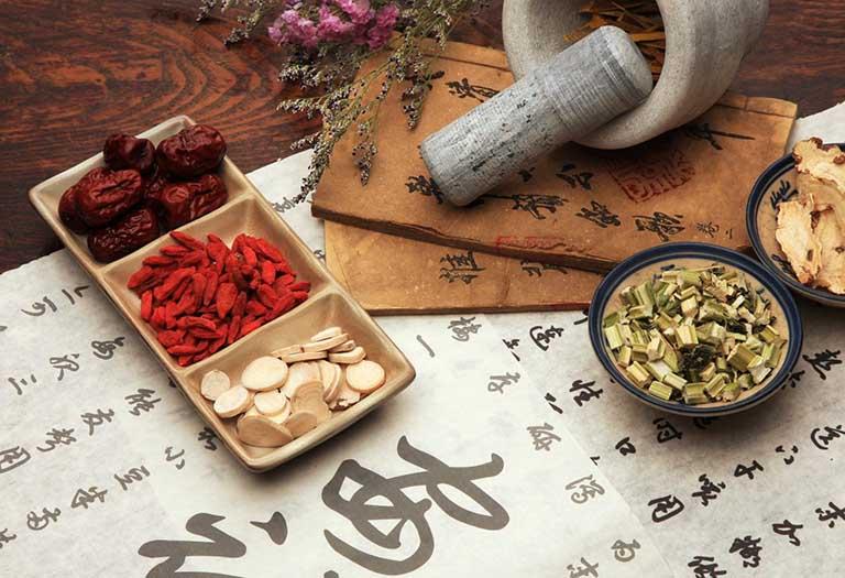chữa vảy nến bằng các bài thuốc Đông y