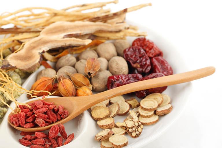 bài thuốc Đông y trị đau dạ dày