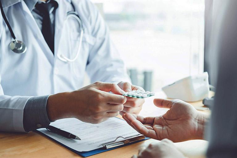 lưu ý khi dùng thuốc trị viêm đại tràng
