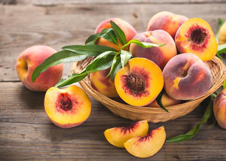 Cần tránh sử dụng các loại hoa quả cứng, khó tiêu hóa