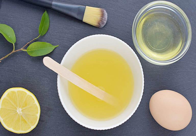 cách dùng lòng trắng trứng chữa dị ứng da mặt