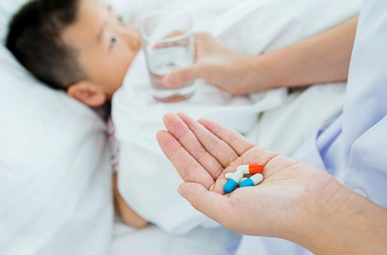 trẻ bị viêm đại tràng uống thuốc gì