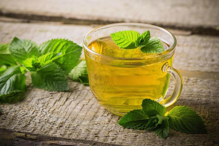 trào ngược dạ dày có uống trà được không