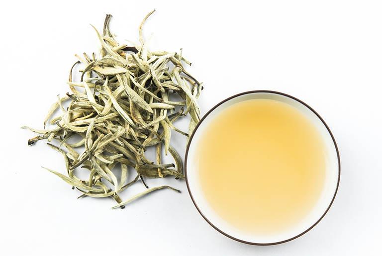 trào ngược dạ dày có nên uống trà gừng