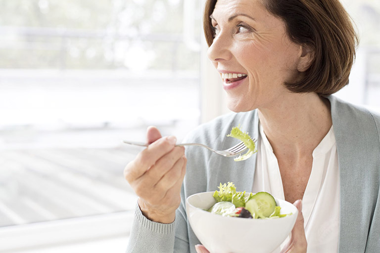 Người bệnh nên kết hợp chế độ ăn uống lành mạnh