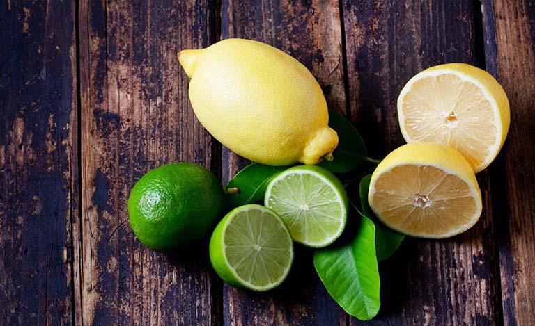 Bệnh nhân trào ngược dạ dày không nên ăn các loại quả chứa hàm lượng axit cao như cam, chanh, bưởi