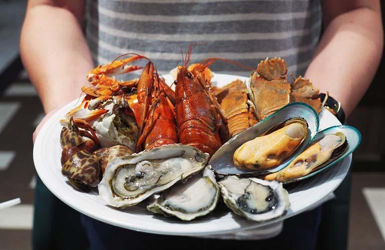 trào ngược dạ dày nên ăn gì và kiêng gì