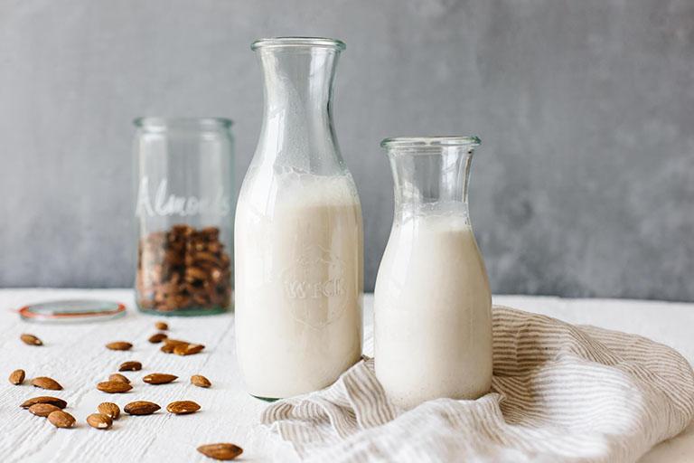 Viêm đại tràng uống sữa được không