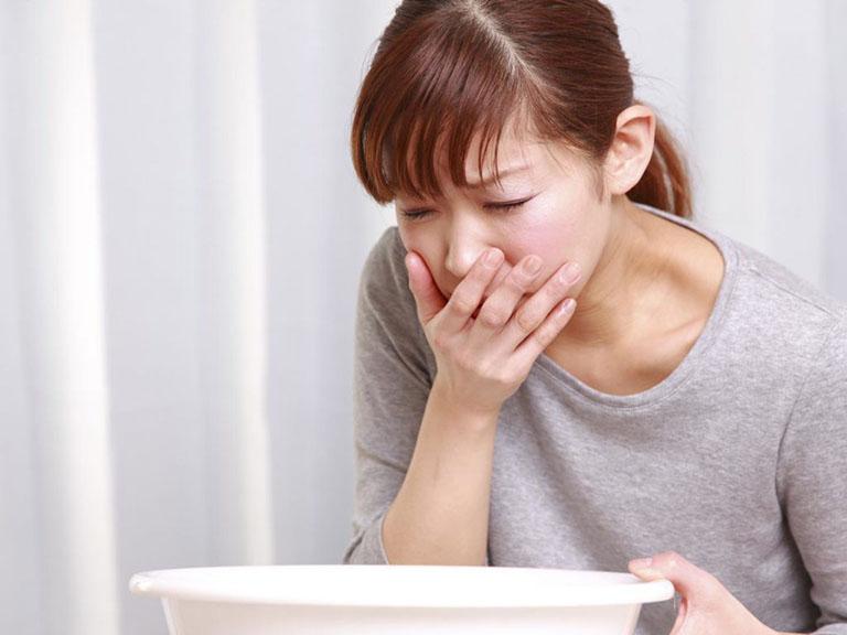 đau quặn bụng từng cơn vùng thượng vị
