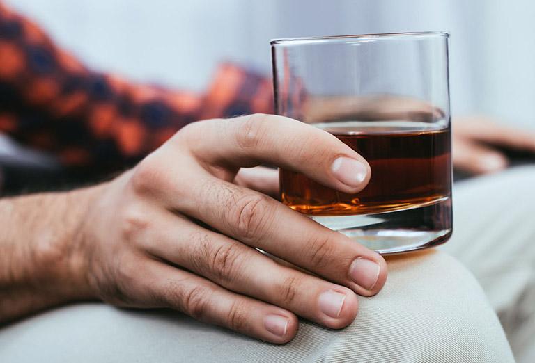 uống rượu xuất huyết dạ dày