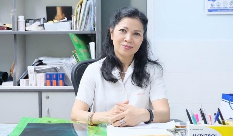 PGS.TS Lê Anh Thư sở hữu 40 năm kinh nghiệm khám chữa bệnh Cơ xương khớp