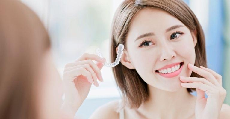Niềng răng trong suốt có nhiều ưu điểm vượt trội