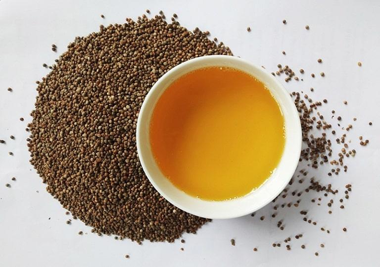 Không chỉ lá, hạt tía tô cũng giúp giảm triệu chứng viêm họng cực tốt
