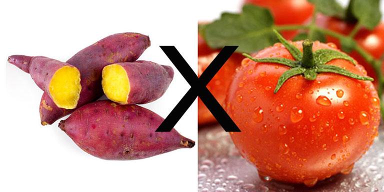 Khoai lang tuyệt đối không nên kết hợp cùng lúc với cà chua