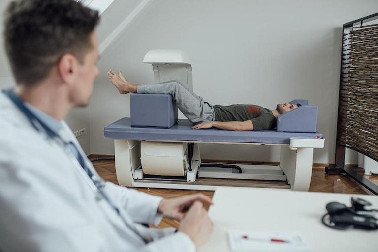 Đo loãng xương là biện pháp cần thiết để đánh giá tình trạng xương khớp hiện tại của bản thân