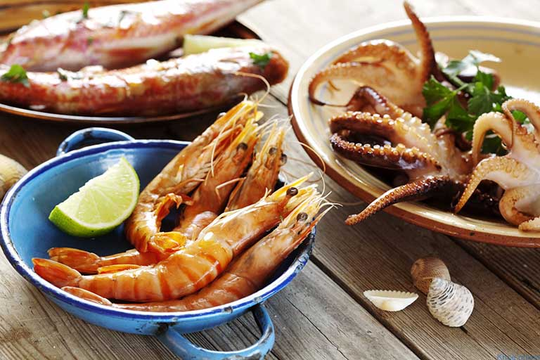 Người bị dị ứng hải sản không nên dùng sản phẩm