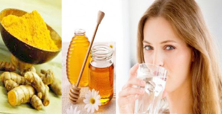 Dùng nghệ và mật ong để trị bệnh