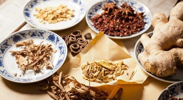Bài thuốc Đông y sử dụng hoàn toàn các dược liệu tự nhiên