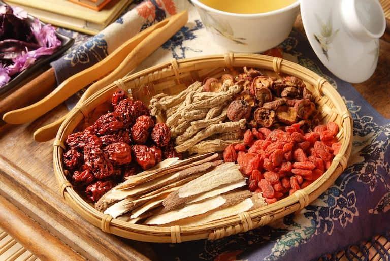 Dùng phương thuốc Đông y chữa viêm amidan tận gốc