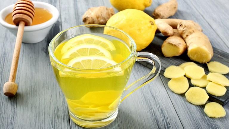 Bài thuốc dân gian kết hợp gừng và mật ong giúp tiêu viêm, diệt khuẩn, dịu ho