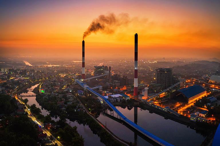 Ô nhiễm không khí là tác nhân gây ra nhiều bệnh lý về hô hấp