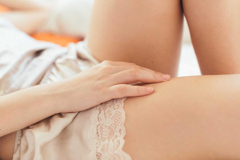 Khí hư có mùi hôi là tình trạng rất thường gặp ở các chị em phụ nữ