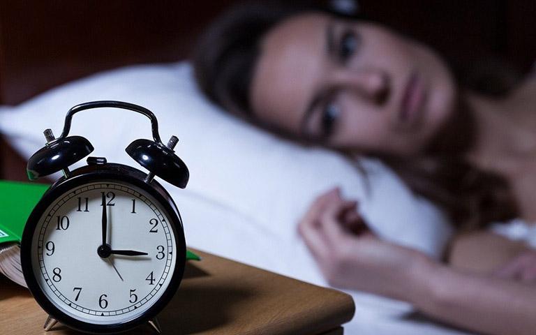 Có nhiều cách trị mất ngủ đơn giản
