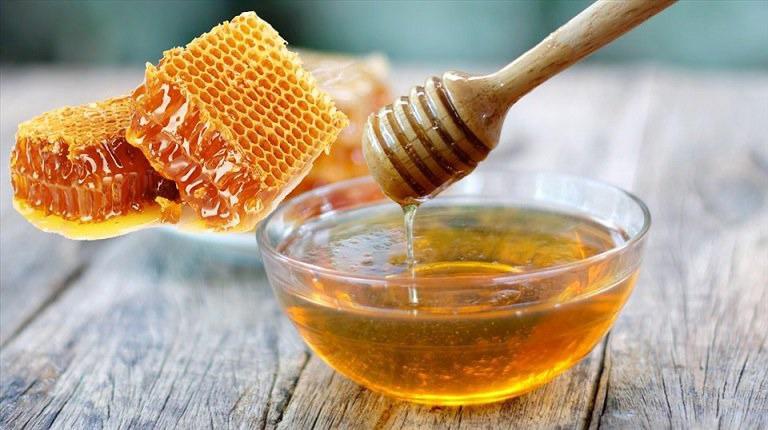 Điều trị trào ngược thực quản, dạ dày tại nhà bằng mật ong