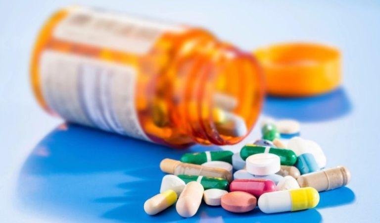 Sử dụng thuốc điều trị bệnh