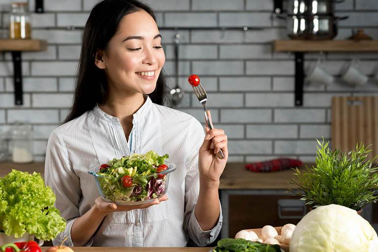 Chế độ dinh dưỡng đóng vai trò quan trọng trong tiến trình điều trị nhiệt miệng và hồi phục sức khỏe