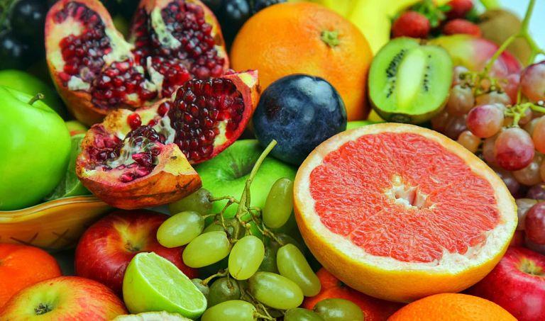 Bổ sung các loại trái cây tốt cho răng miệng trong quá trình niềng răng