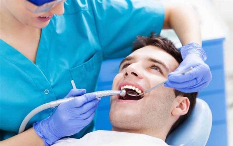 Việc niềng răng hô đòi hỏi được thực hiện bởi bác sĩ có trình độ chuyên môn cao