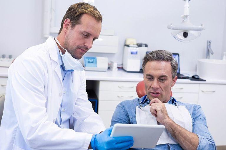 Bạn cần lựa chọn các địa chỉ nha khoa uy tín để thực hiện niềng răng