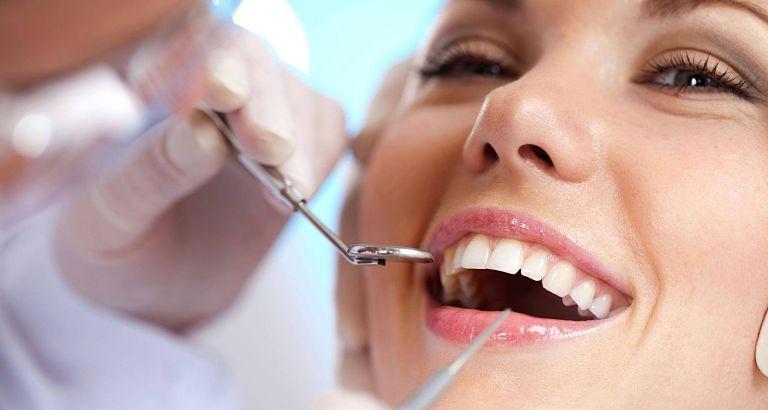 Khắc phục tình trạng hô răng bằng cách mài răng