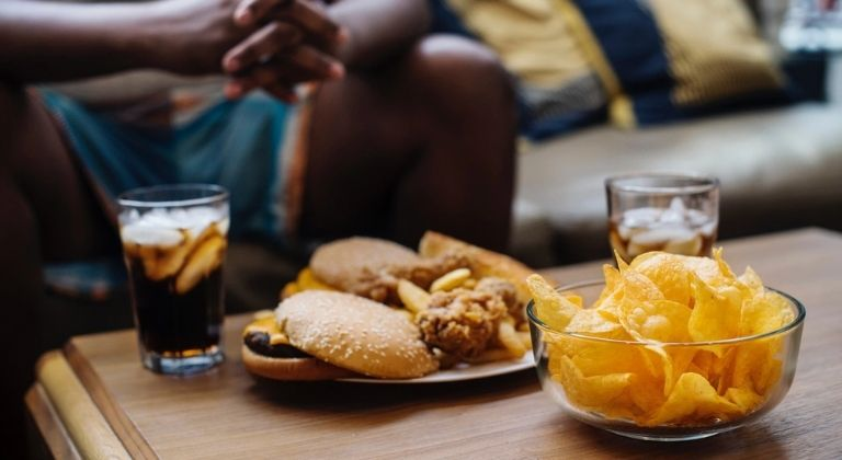 Ăn uống thiếu khoa học gây ra sỏi túi mật