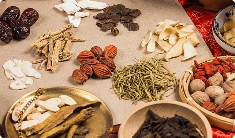 Bài thuốc Đông y điều trị hiệu quả bệnh lý viêm đại tràng co thắt