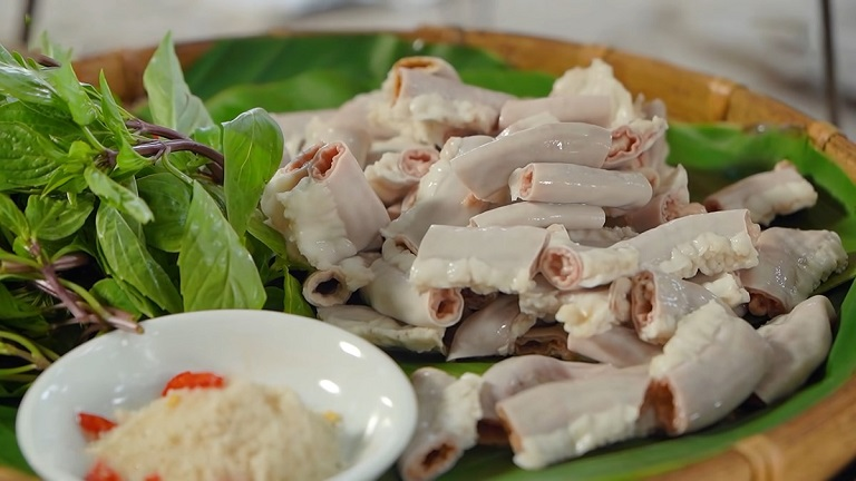 Người bệnh nên tránh ăn nội tạng động vật bởi nó có chứa hàm lượng purin cao