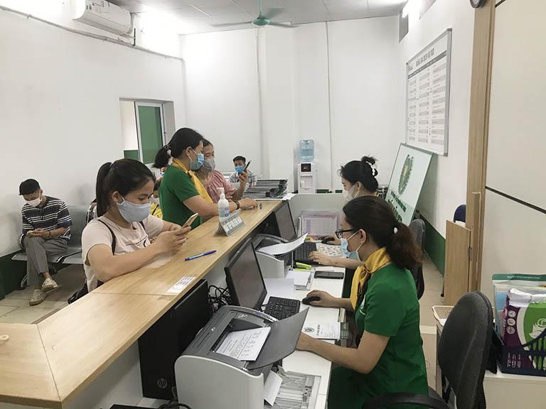 Người bệnh nên khám và mua thuốc trực tiếp tại Tổ hợp Y tế Quân dân 102